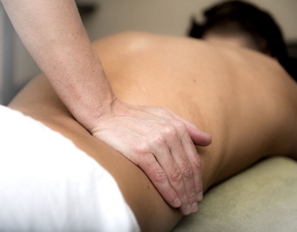 massage therapy on back